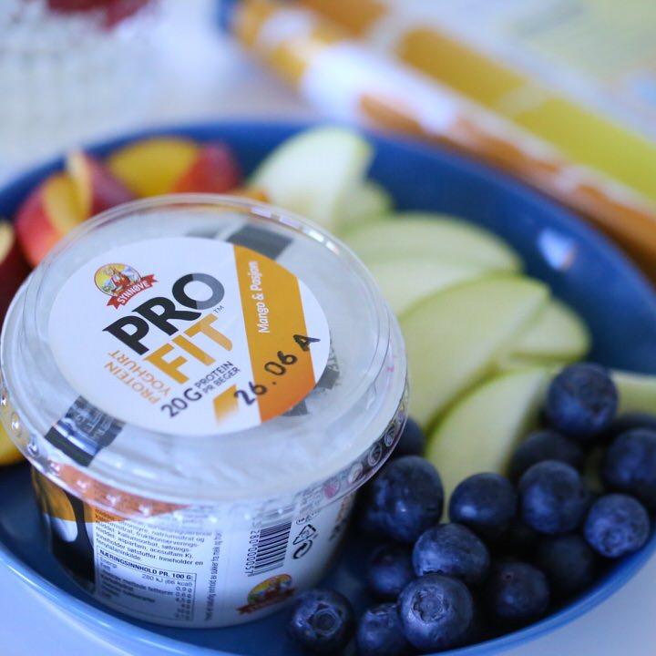 Protein yoghurt